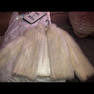 Saga Fox Fur Vintage Size Medium Coat. Gently warn